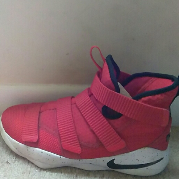 the best attitude 453a7 34098 Lebron soldier 11